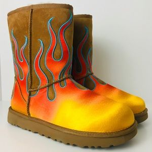 UGG X JEREMY SCOTT FLAMES CHESTNUT Boot Women